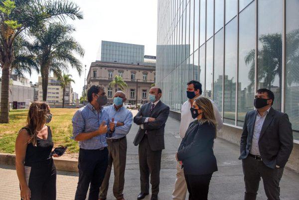 IXOU –Vision & Dev. Real Estate Montevideo Uruguay —Alma Duç by Carlos Ferrater